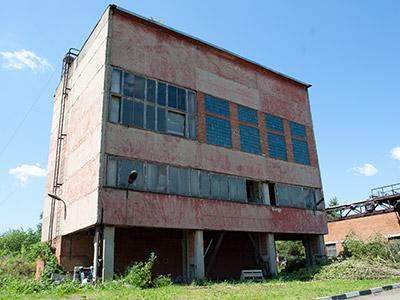 Демонтаж аварийного здания в Подольске